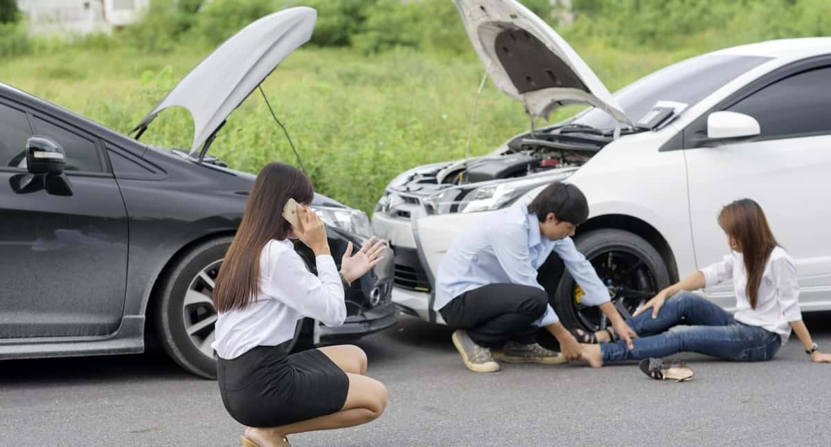 How to pick the right lawyers after an automobile accident