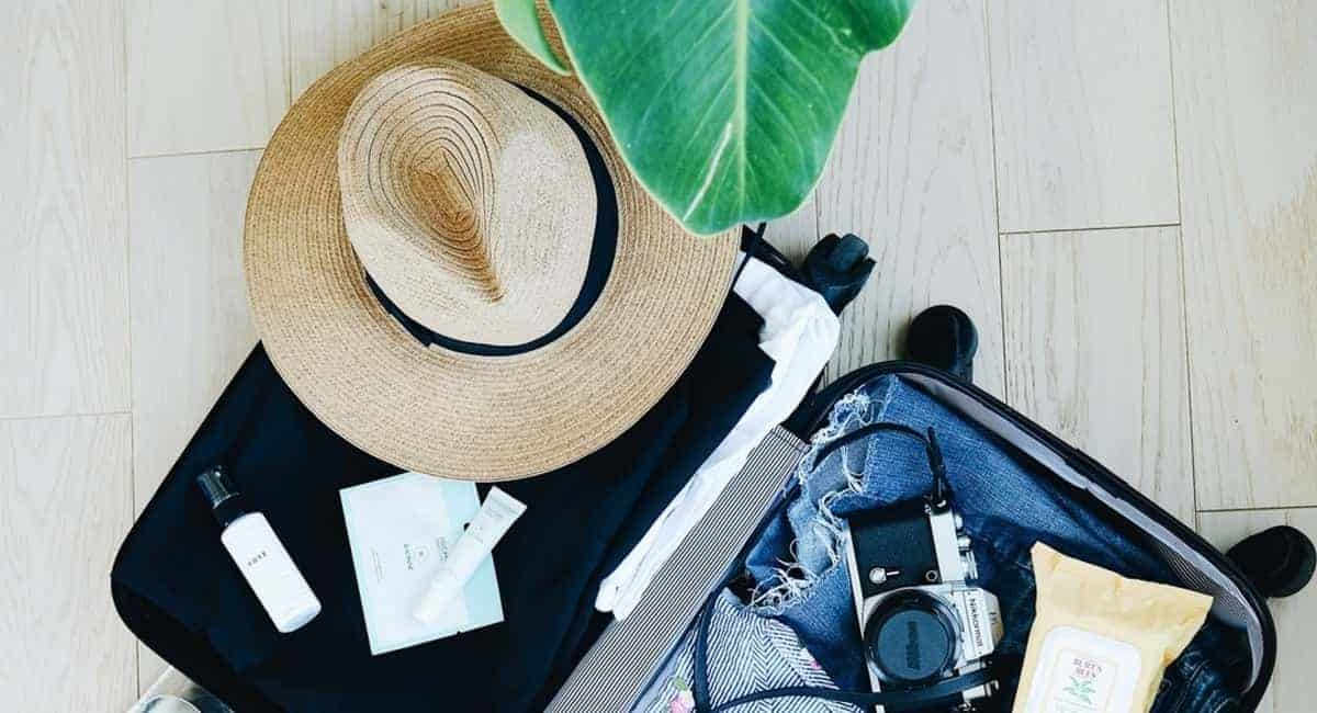 Essential Tips to Make Packing a Travel Bag a Breeze
