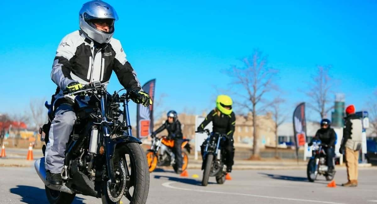 Tips on License Requirements for a Motorcycle Permit