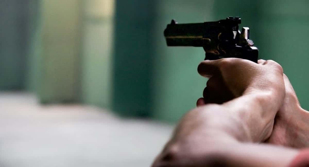 proper pistol grip