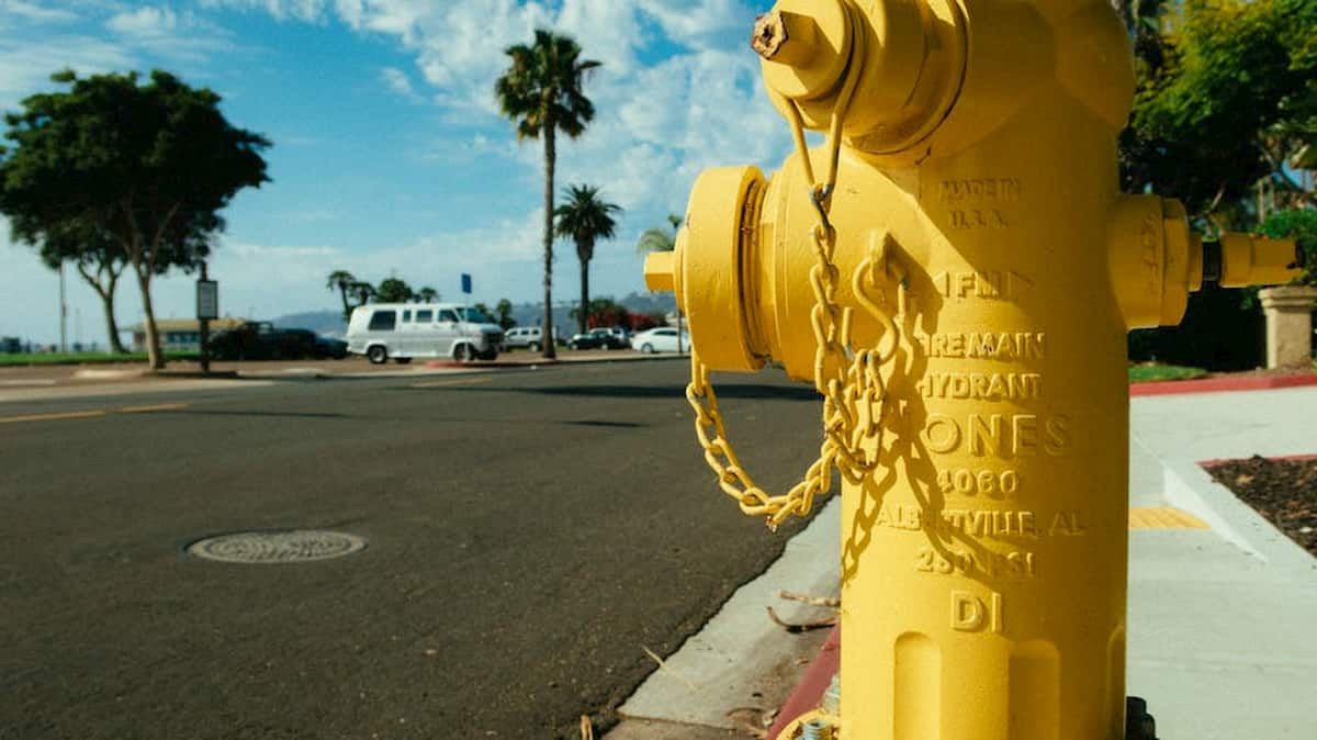 types of fire hydrants