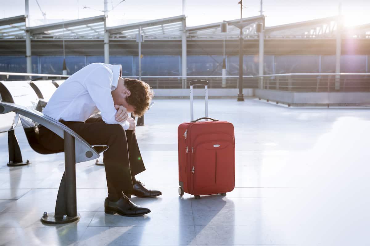 why do flights get delayed