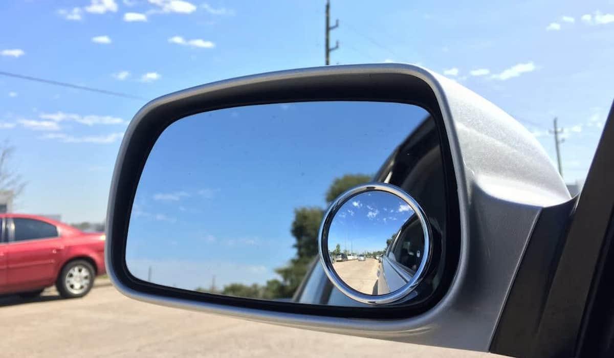 blind spot car accident