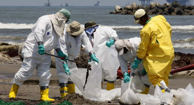 toxic dispersants