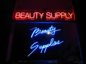 Why It's Better to Shop Online For Beauty Products
