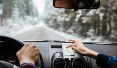 The Top 5 Driving Apps You Need to Download