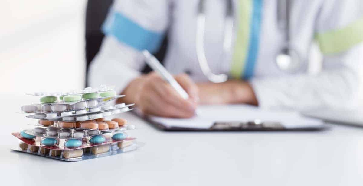 Tips for Coping With the Side Effects of Prescription Drugs