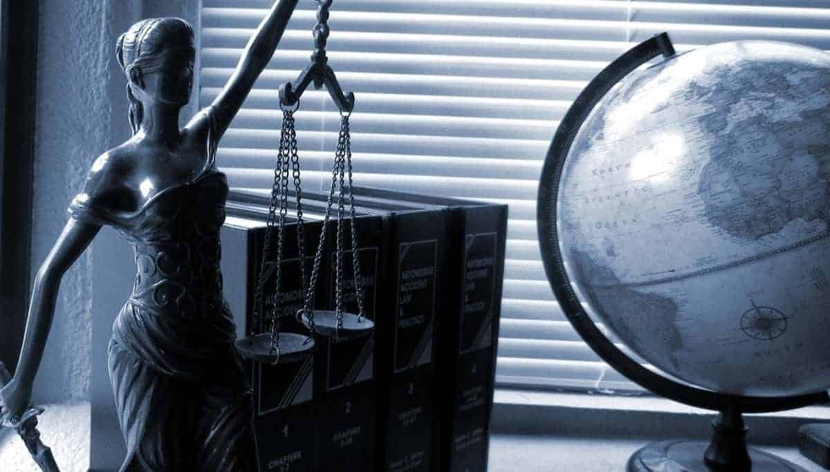 Career Quirks to Be Aware Before Becoming A Criminal Lawyer