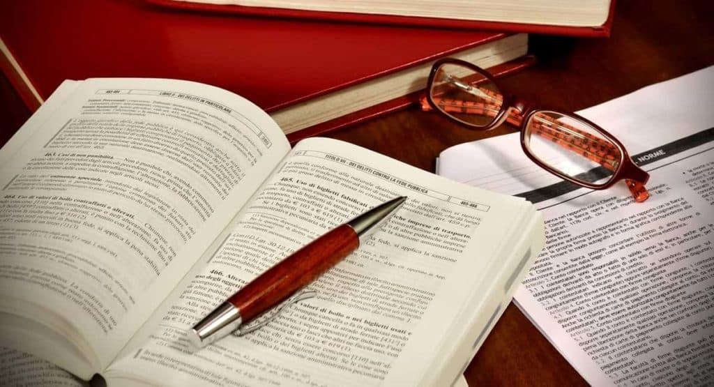5 Critical Things to Consider Before Studying Law