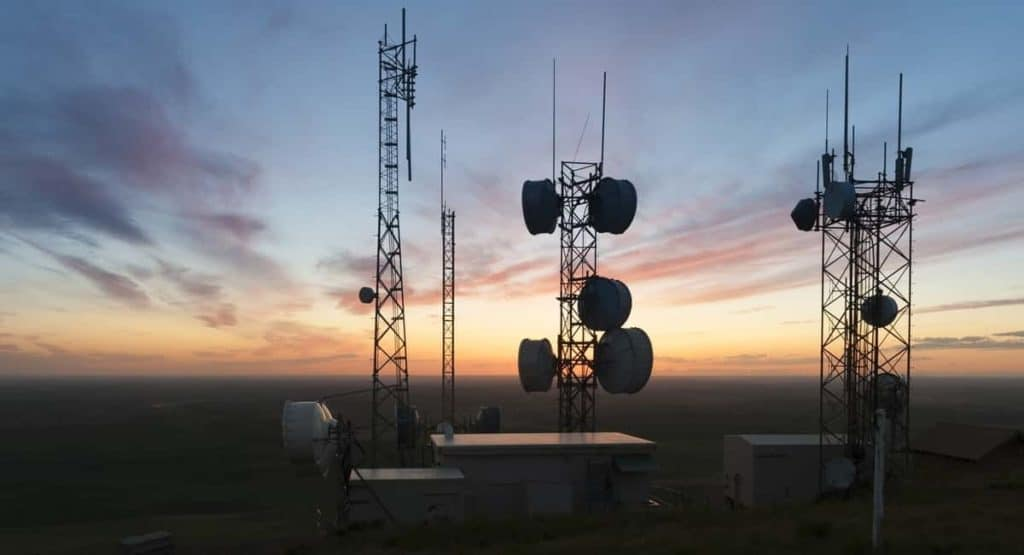 The Absolute Beginner's Guide to Cell Tower Lease Agreements