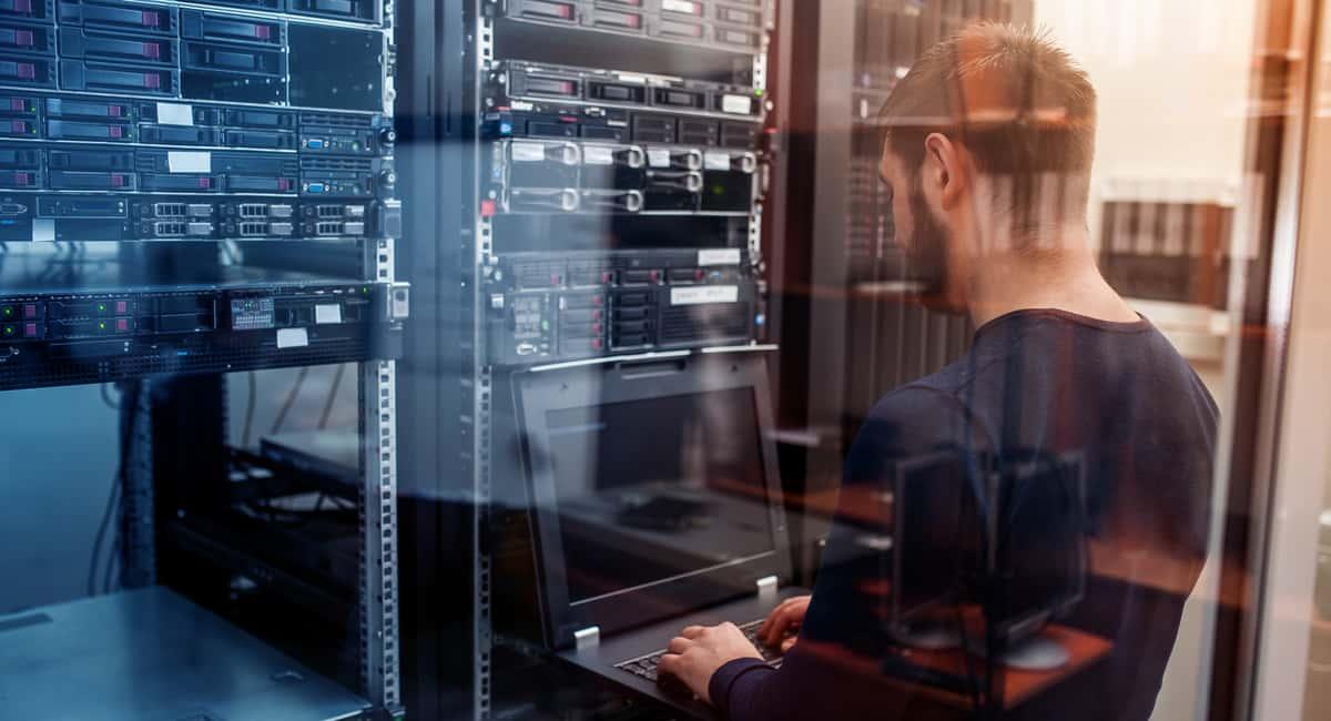 5 Reasons You Need a Custom Server