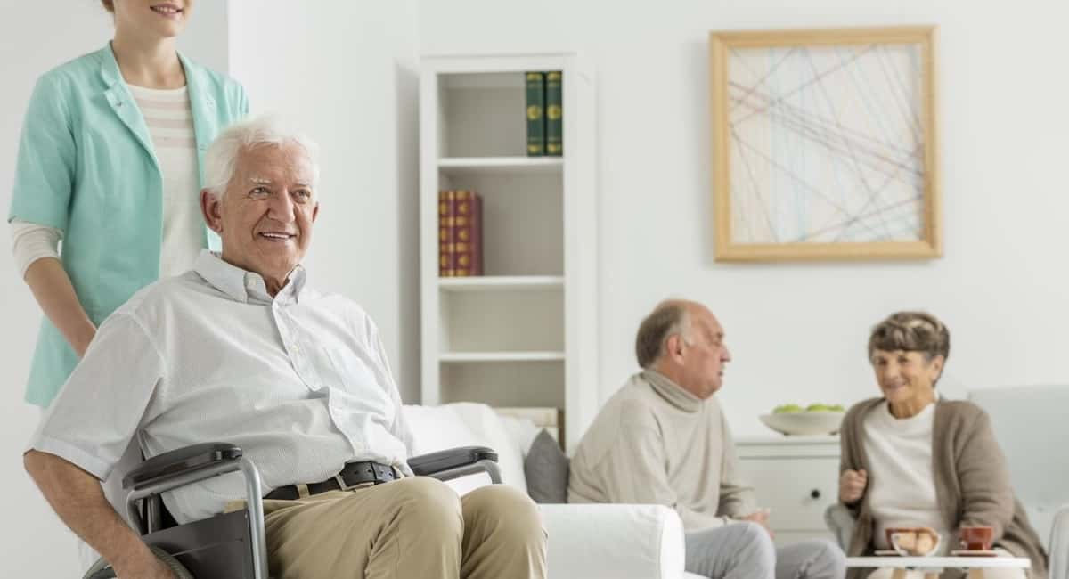 Senior Care Center Discuss What's Needed Before Placing A Loved One in A Nursing Home