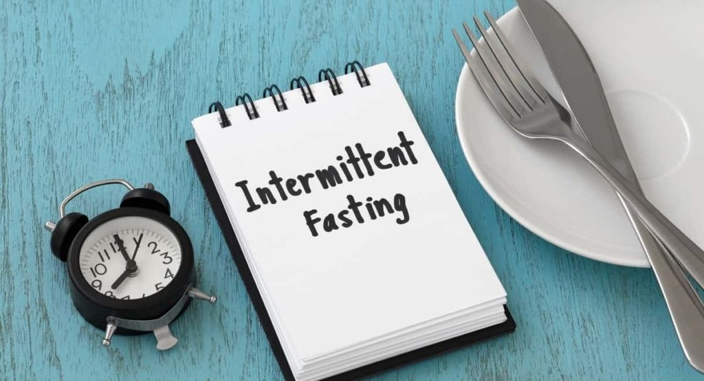 What is Intermittent Fasting and What Are the Health Benefits?