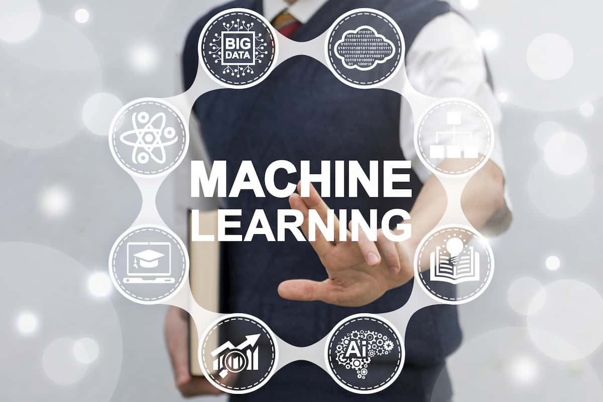 how does machine learning work
