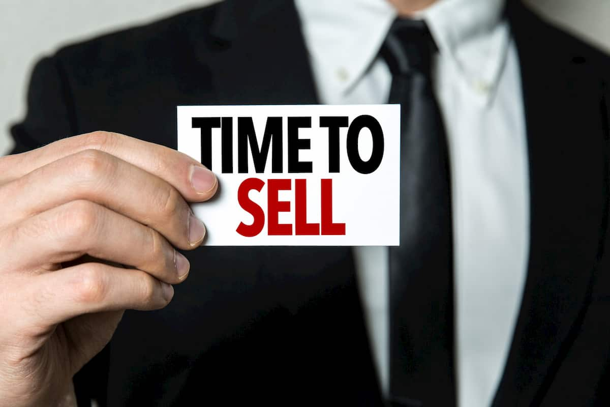 things to do before selling house