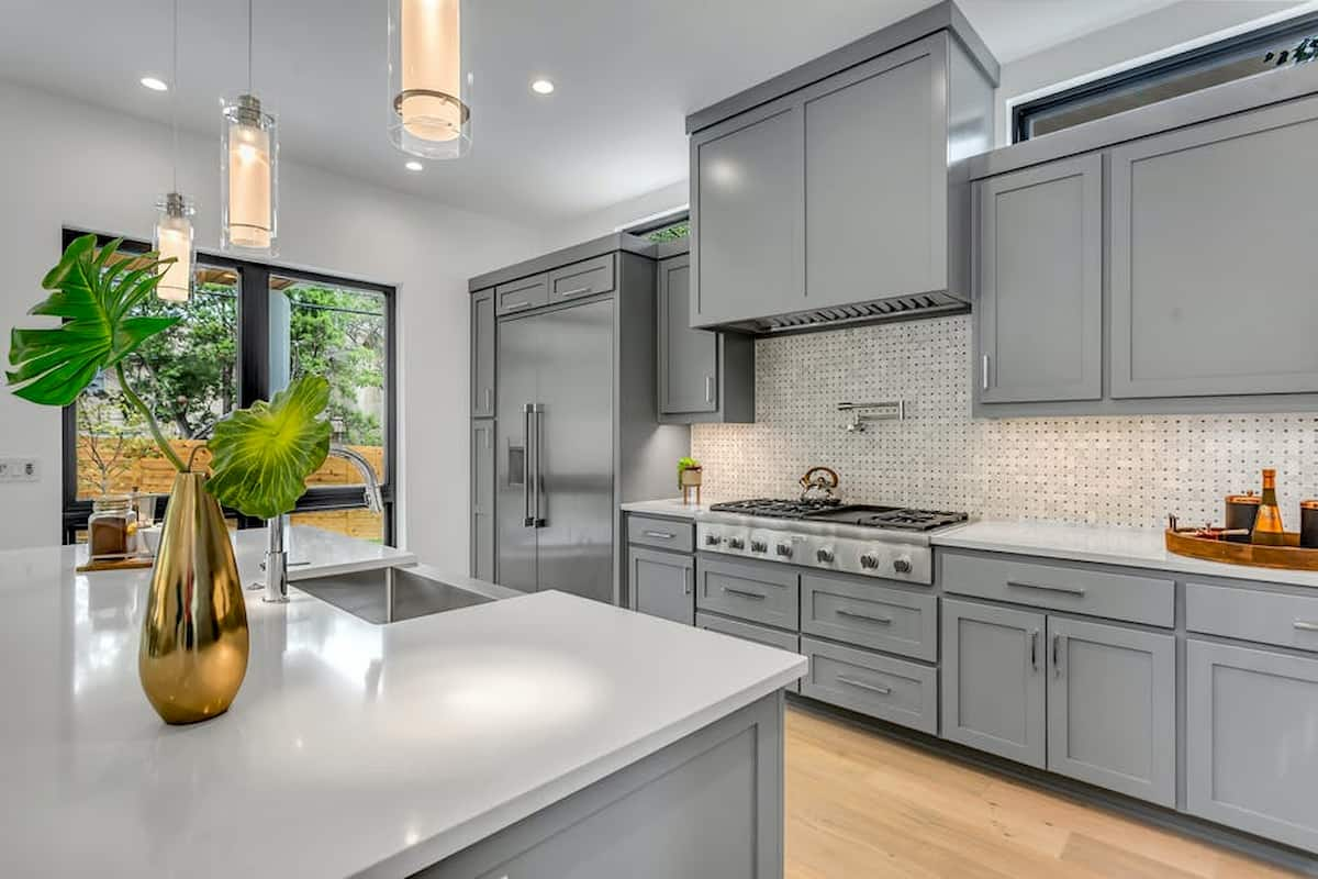 Smooth Finish When Painting Kitchen, How To Get The Best Finish When Painting Kitchen Cabinets
