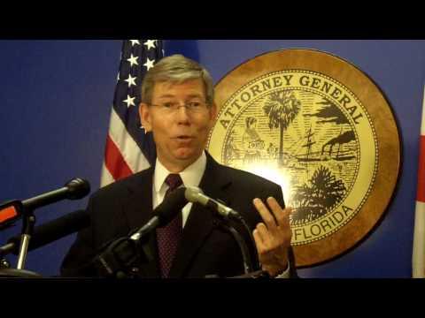 Bill McCollum rails against Rick Scott at press conference