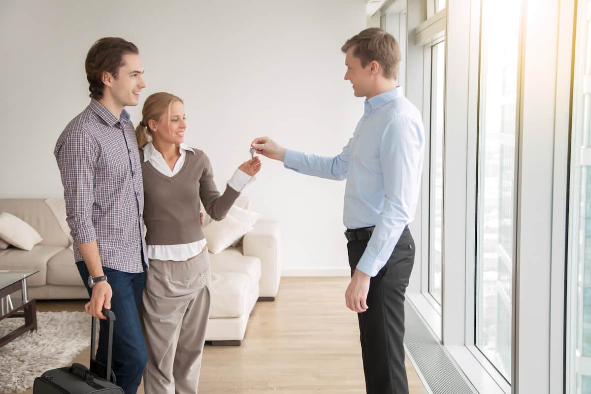 what does a property manager do