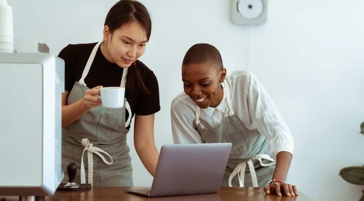 side hustles for women